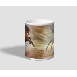 Két lábon álló barna lovas bögre