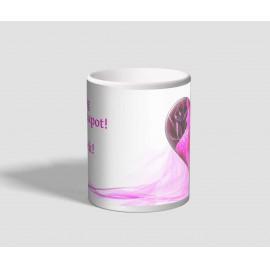 Rózsaszín márvány mintájú, szíves valentin napi bögre