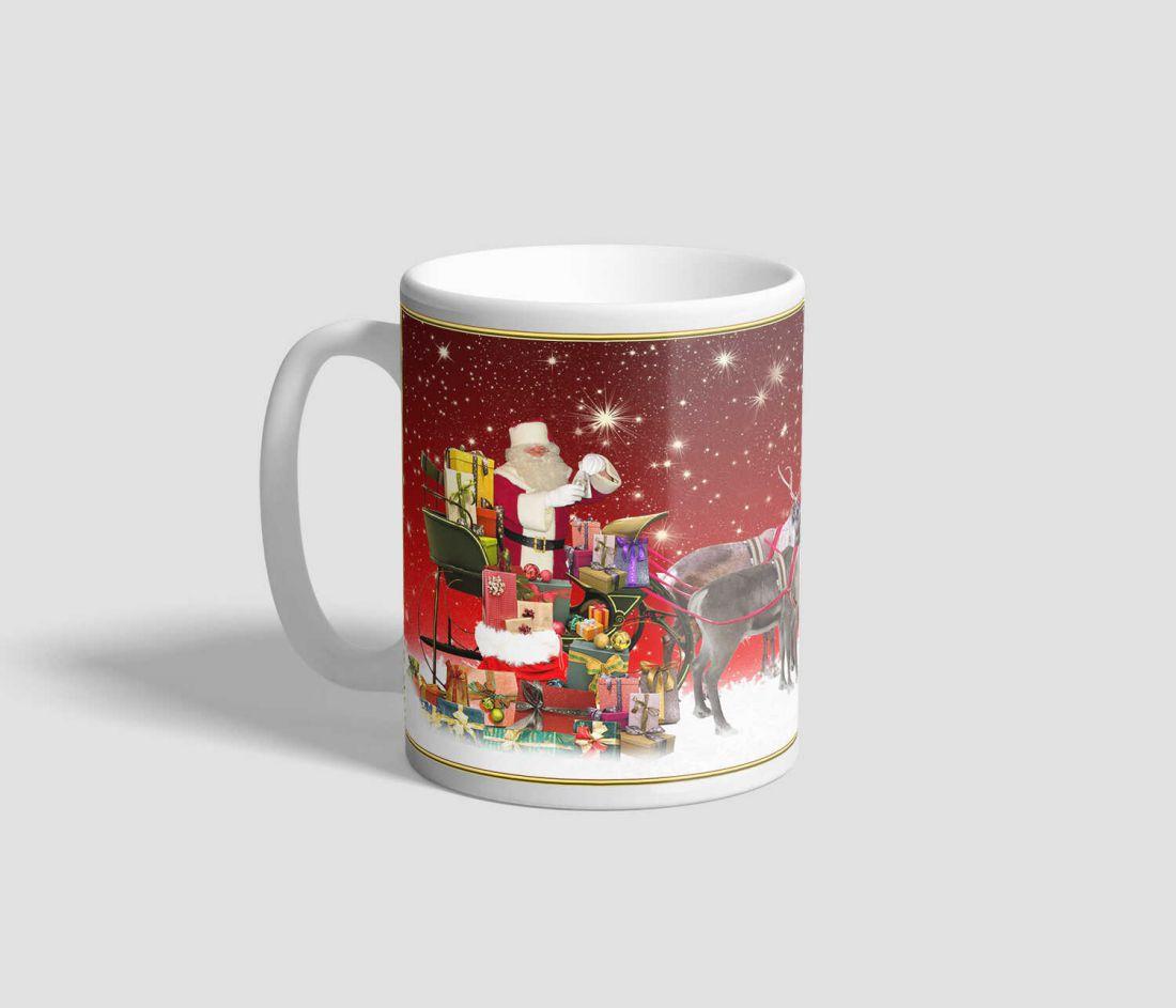 Piros csillagos hátterű, mikulásos rénszarvasos karácsonyi bögre