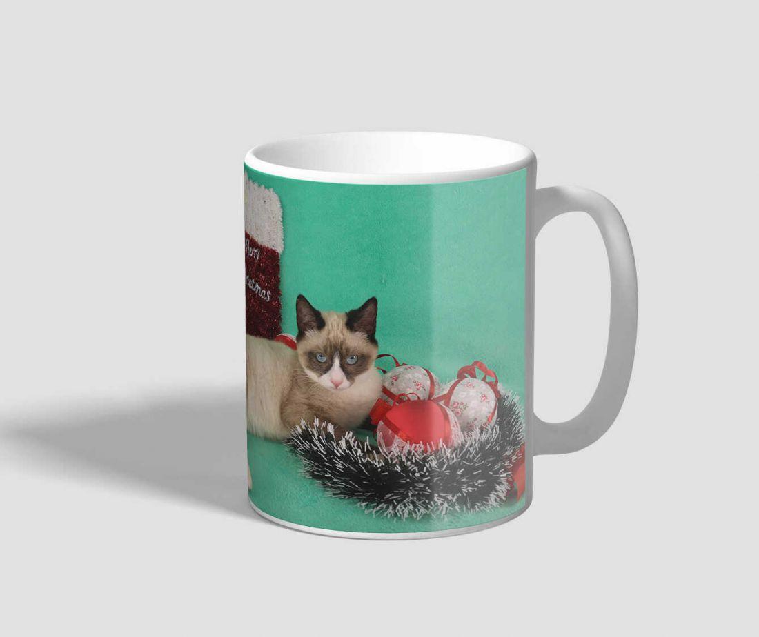 Boldog karácsonyt feliratú cicás karácsonyi bögre